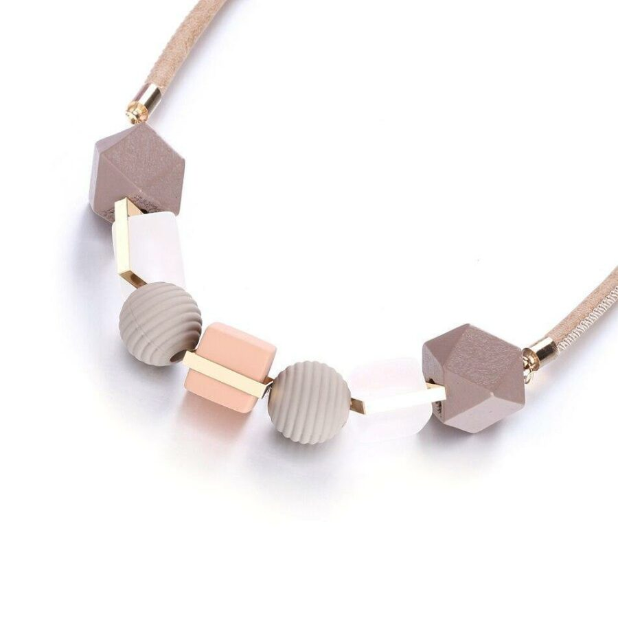 Collier Perle de bois   Véro 2