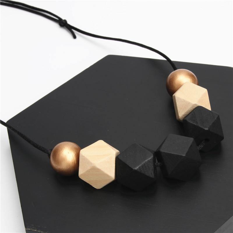 Collier en bois perle| Festif 1